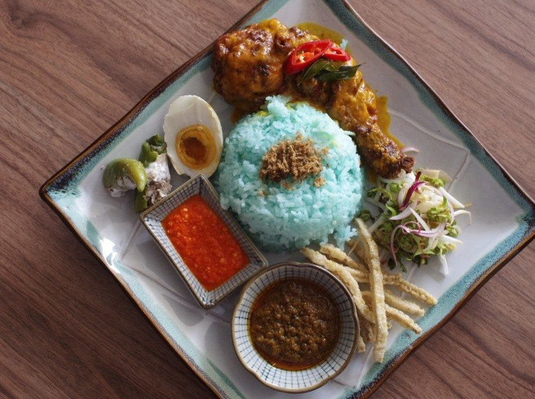 nasi kerabu nine chefs - GREEN KERABU RICE