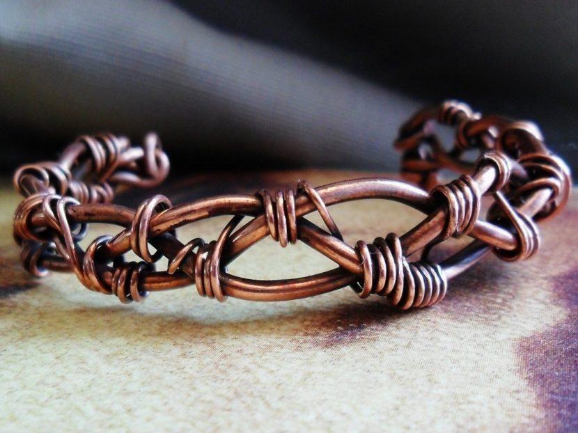 copper bracelet 830x622 - The Diversity of Industrial Metals